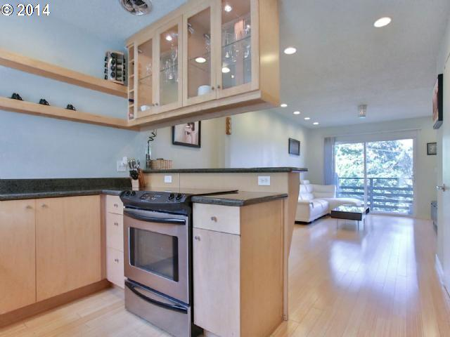 kitchen_1300 NE 68th